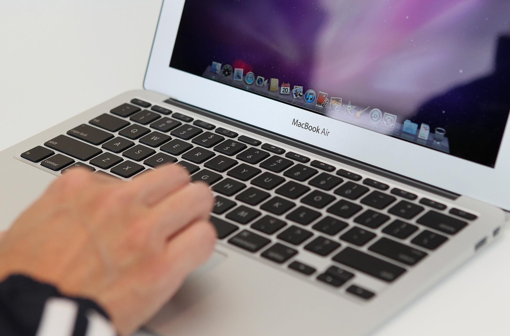 man using mac